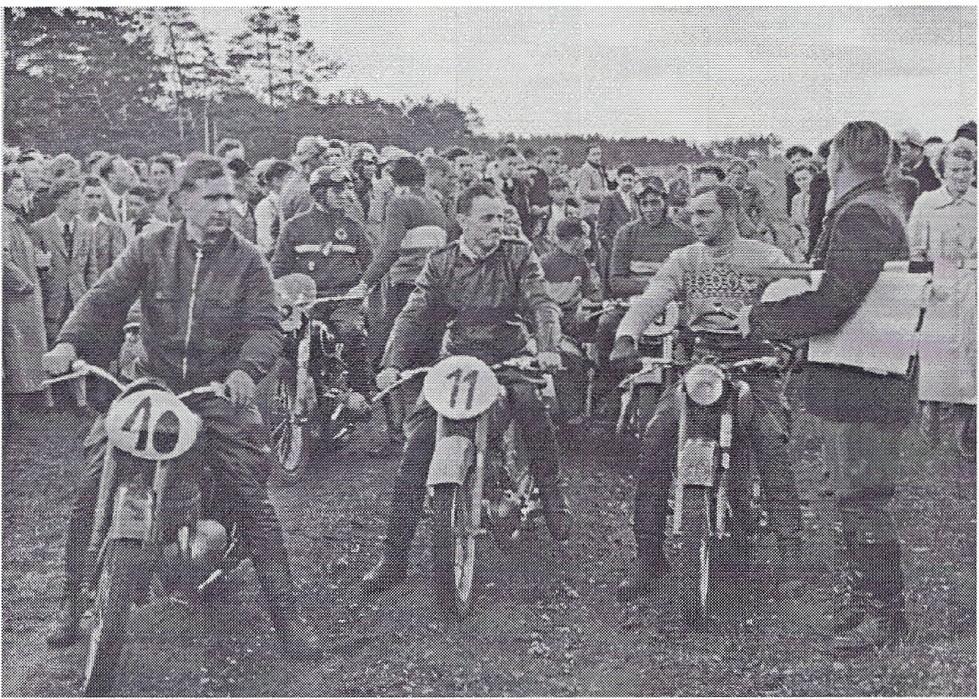 Starter des Querfeldeinrennens: V.I. Satzger, Köberlein, Schuster
